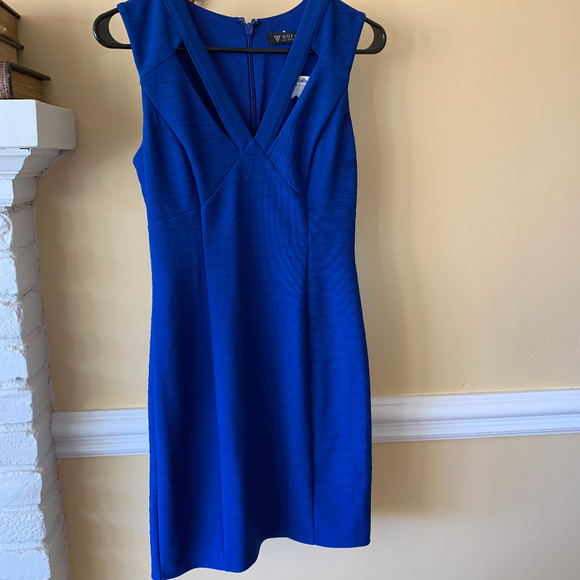Guess Dresses & Skirts - GUESS dress - NWT Size 4